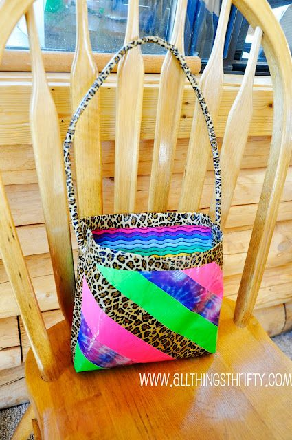 All Things Thrifty Home Accessories and Decor: Tutorial: How to make Duct Tape Purses!