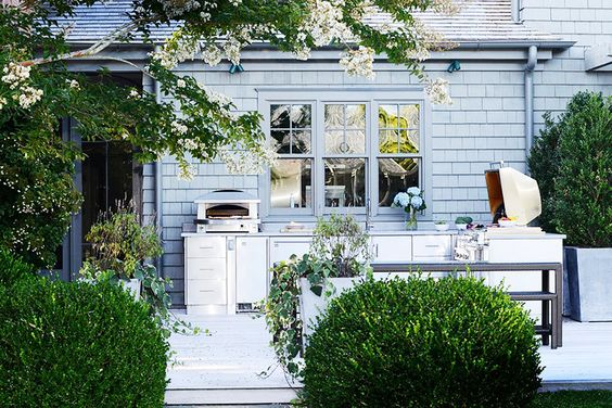 The Most Amazing Outdoor Kitchens// Hamptons: