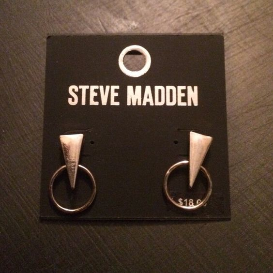 Steve Madden Earrings New with tags. Super cute for any outfit. Steve Madden Accessories