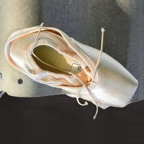 Hacke & Spitze, Schuhe für Ballett und Tango Tanz | creme berlin