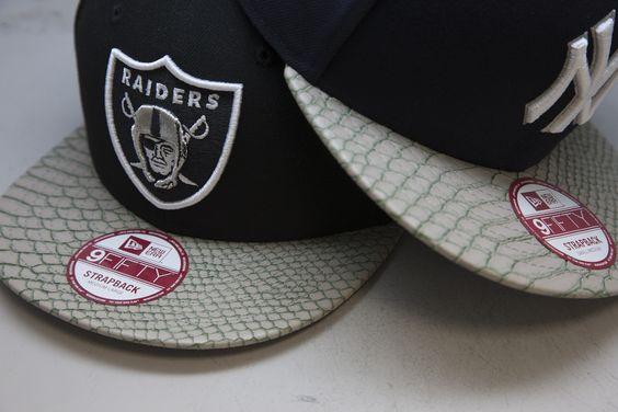 Das Neueste von New Era findest du bei JD Sports!   9FIFTY Cap von New Era mit Oakland Raiders Logo und verstellbarem Riemen hinten. Artikelcode: 008954, Preis: 35 € #newera #caps