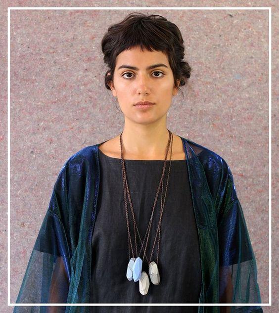 Crua Design transforma madeira em joias minimalistas e com muito estilo;