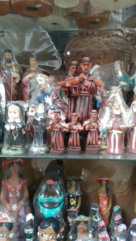 São Francisco de Assis no mercado municipal de Montes Claros