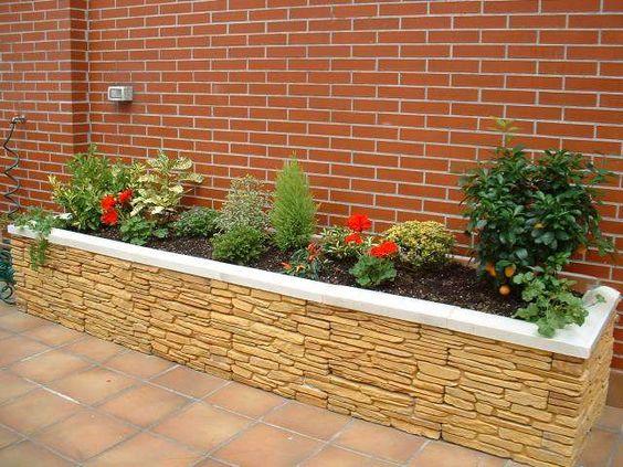 Dise o de jardines peque os para entradas de casas for Jardines pequenos con luces