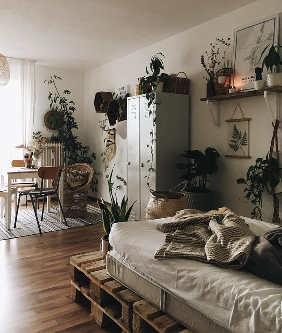 Home Garden 33 Ideas To Put A Bed In Your Living Room Homeinspo Homeinspoexterior Homeinsporoomideas Room Inspiration Bedroom Decor Apartment Decor