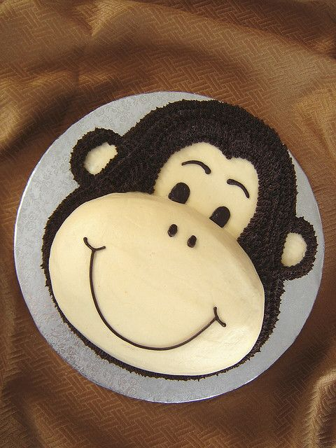Monkey face birthday cake