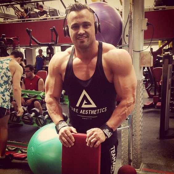 Menu0026#39;s bodybuilding Fitness clothing and Bodybuilding fitness on Pinterest