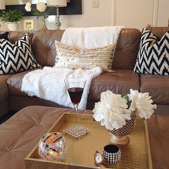 Decorative Pillows For Brown Leather Couch : White throw blanket, Trays and Brown leather on Pinterest