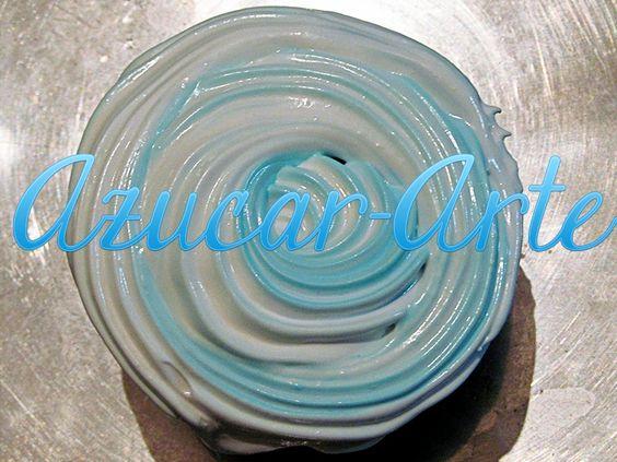 Cupcakes de Vainilla con top de Merengue celeste y blanco, para fiestas patrias. www.azucar-arte.com.ar