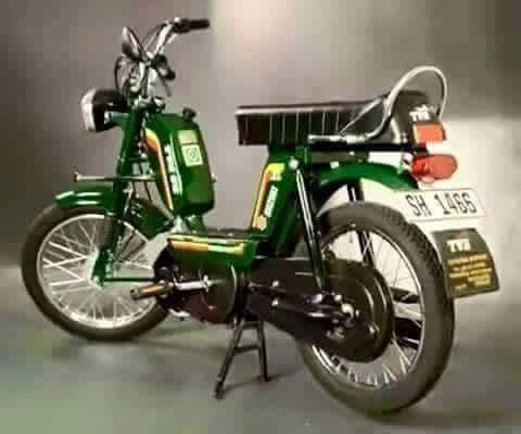 Pin By Wall Master Deziners On Vintage Of India Tvs Green Photo
