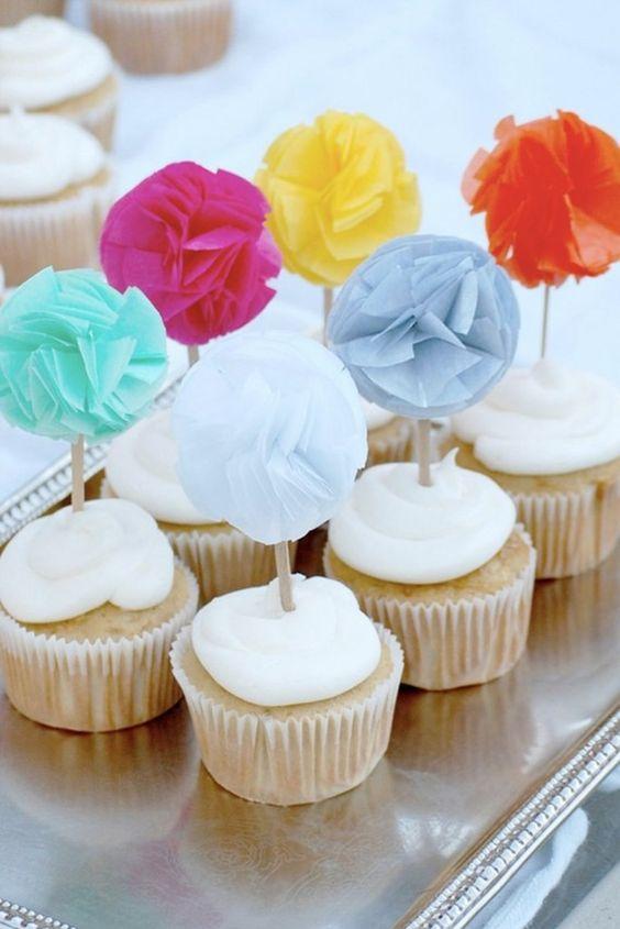 pom pom cupcake toppers! Adorbs!!!!!