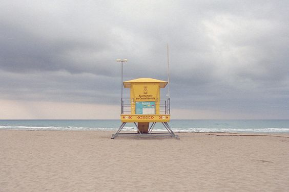 Beach © Tom Sebastiano