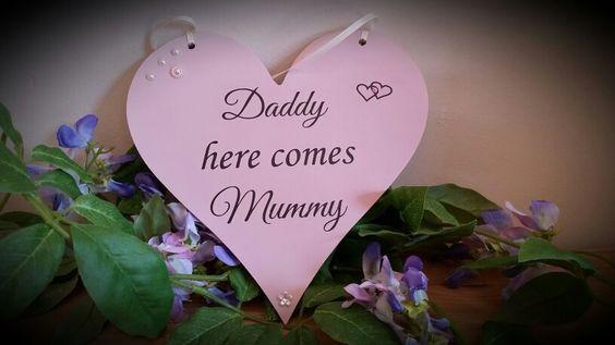 #wedding #herecomesyourbride #daddyherecomesmummy #flowergirlplaque #pageboy #pageboyplaque #customisedbysharon #madewithlove #prettyinpink #hearts www.facebook.com/customisedbysharon www.etsy.com/shop/customisedbysharon www.customised-by-sharon.co.uk