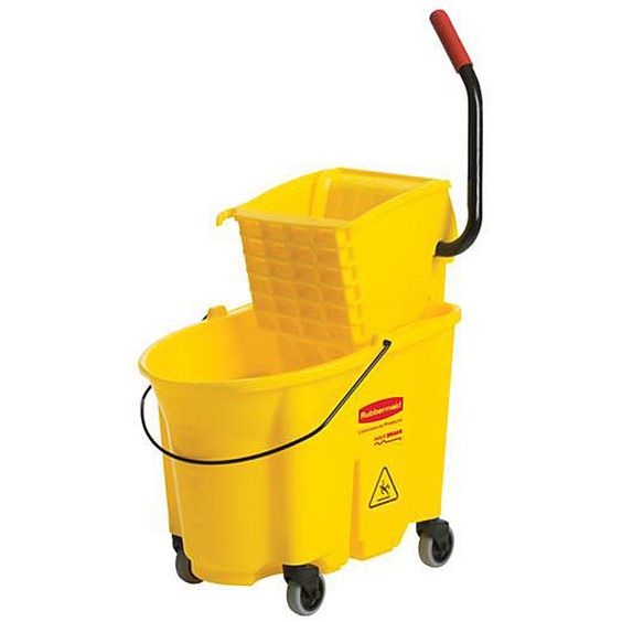 Rubbermaid Commercial Wave Brake Bucket Wringer by Rubbermaid Commercial