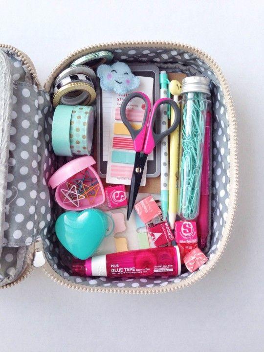 Volta às aulas:: Estojo lindo e organizado: