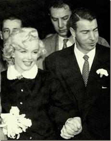 marilyn monroe joe dimaggio wedding dress | Marilyn Monroe Joe DiMaggio were marred at San Francisco City Hall on: