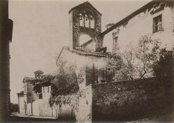 Chiesa e Convento di Santa Mustiola, soppressi nel 1810. I locali sono oggi sede dell'Accademia dei Fisiocritici. Foto (fine '800) di Paolo Lombardi. Archivio fotografico Malandrini - Fondazione MPS