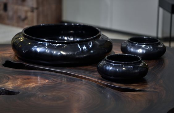 Ripple Bowls made from Shan basket and natural black lacquer by Alexander Lamont.