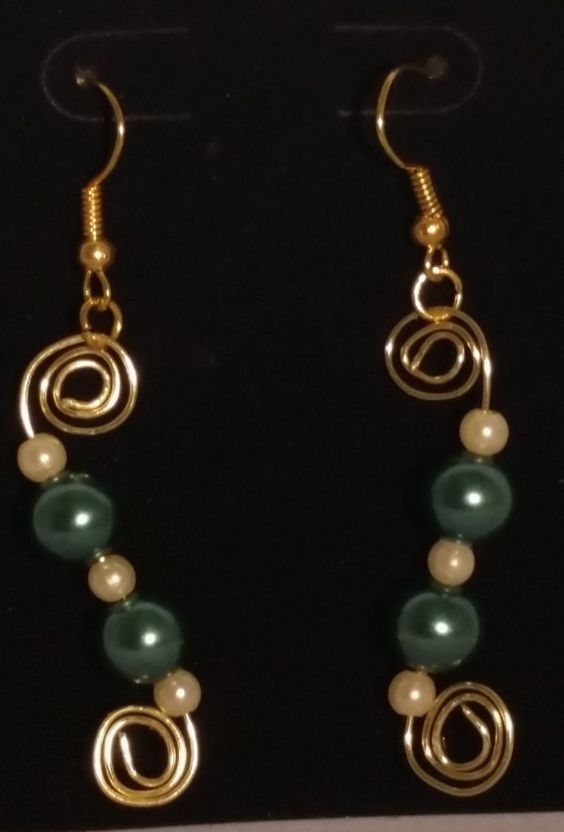 Check out this item in my Etsy shop https://www.etsy.com/listing/233663446/trending-sleek-and-simple-handmade-hand