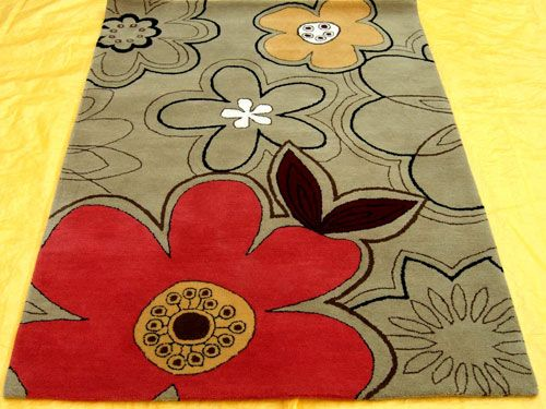handtufted rugs made by indian manufacturers in wool. http://www.surekasgroup.com/handtufted-rug/3.jpg