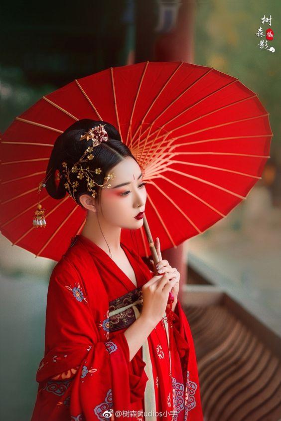 Aki Xiyin Wang 670bf908f7d82bdbfddcba346c89eb74