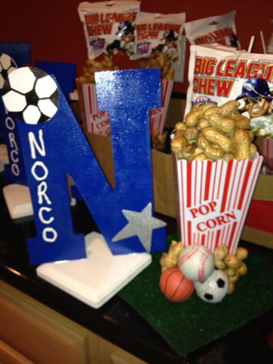 Sports banquet centerpiece via heatherlasher sports for Athletic banquet decoration ideas