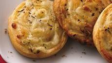 Cheesy Pinwheels with Italian Dip