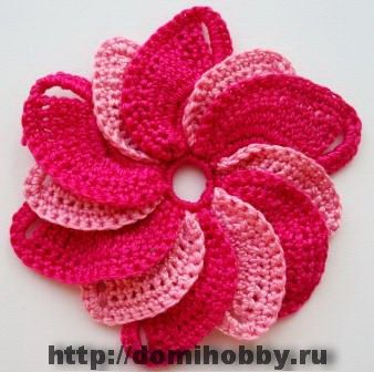 Spiral Crochet Flower Pattern Free : Knitted flowers, Google translate and Russian website on ...