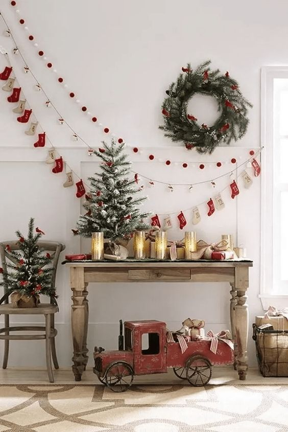Christmas Living Room Ideas 25 Easy Admirable Decor To Steal Now Christmas Decorations Diy Outdoor Christmas Decor Diy Christmas Wall Decor