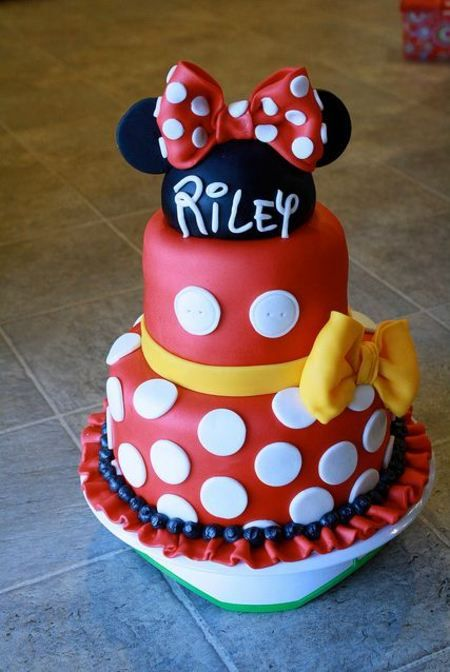 Cute Minnie cake