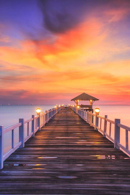 Rayong, Thailand | Anek S