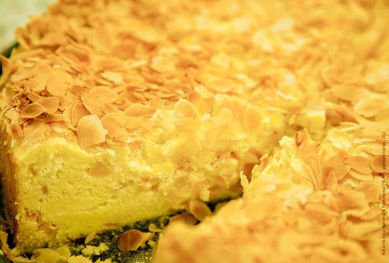 Café Namenlos, Ahrenshoop: Der Butter-Mandelkuchen ist noch warm. #Butterkuchen #Mandelkuchen #Kuchen
