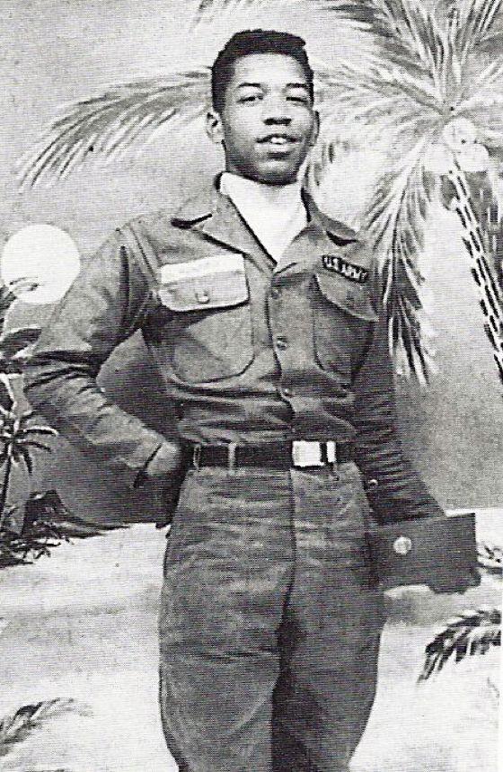 Piepjonge Jimi Hendrix in het Amerikaanse leger