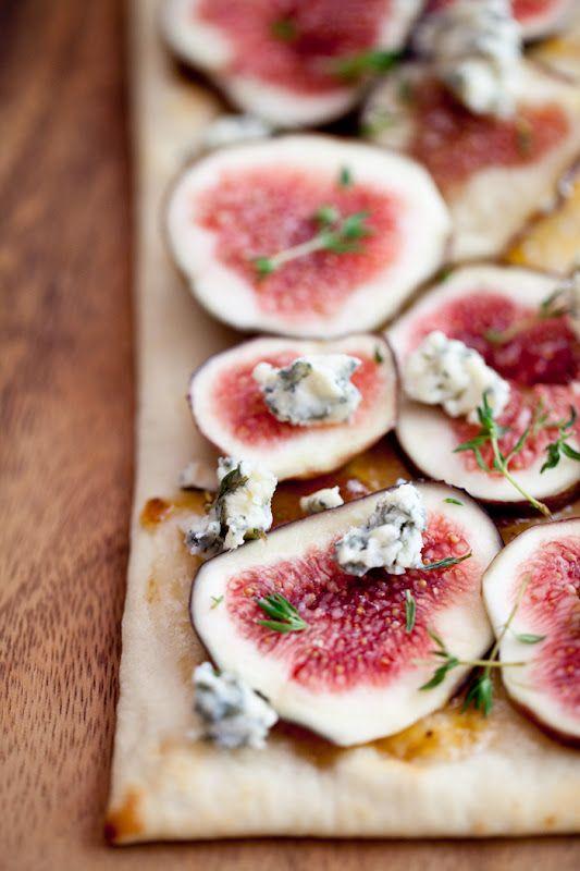 Fresh fig and stilton flatbread