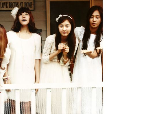 photobook girls in tokyo. Girls' generation.