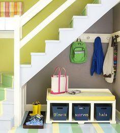10 ideas para aprovechar el hueco de la escalera: