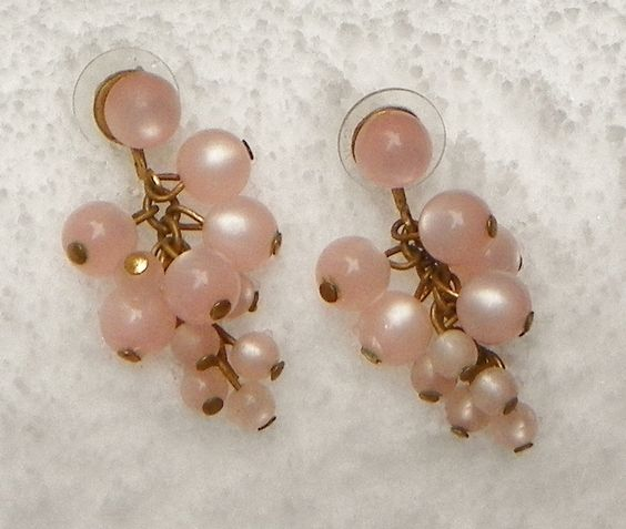 EARRINGS Pink Lucite Grapes