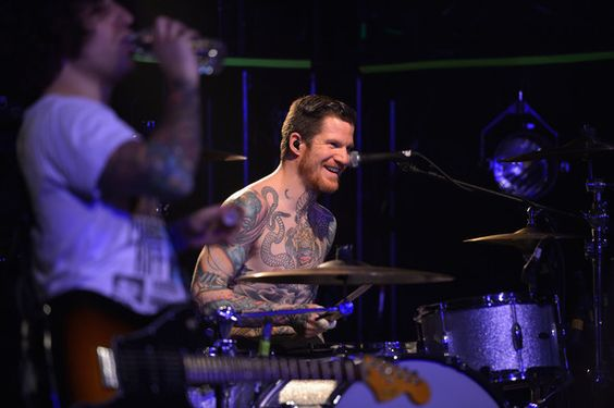 #30daybandchallenge day 6: a picture of your favorite drummer (Andy Hurley)