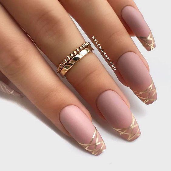 32 Stylish Acrylic Nail Designs For New Year 2019 Fashions Eve Coffin Nails Long Nail Designs Fake Nails