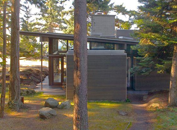 cabin by suyama peterson deguchi, decatur island, washington