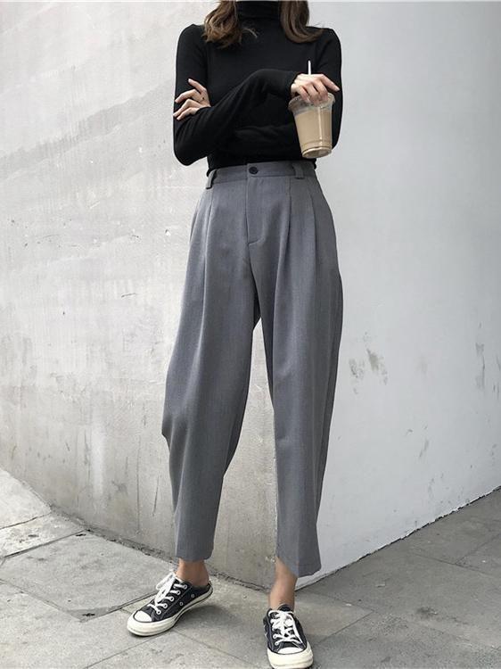 Comment porter les baskets ? - Sleepy Kate Porter les baskets avec un pantalon tailleur #style