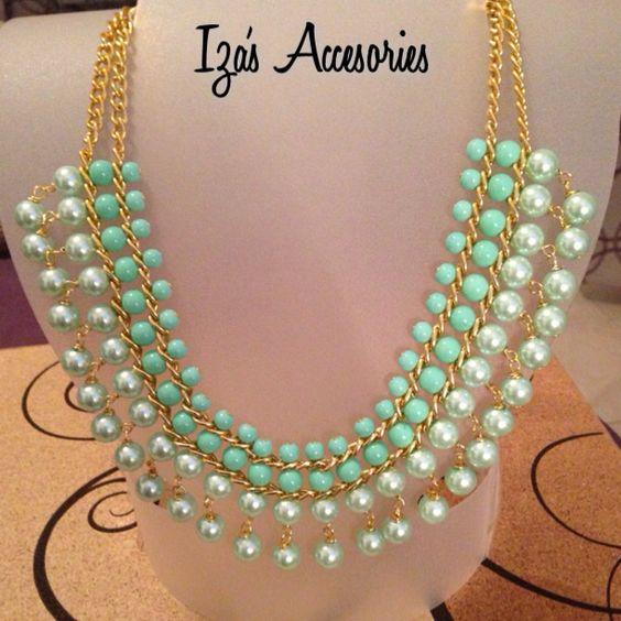 Collar de perlas con cristal liso Pedidos en el Facebook Izas Accesories izasaccesories@gmail.