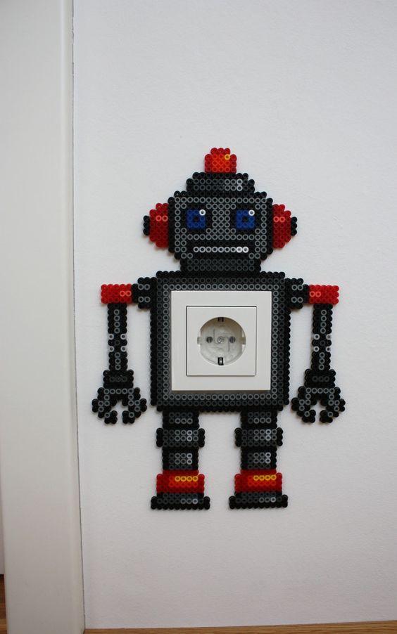 witzige steckdosenfigur roboter aus b gelperlen lichtschalter perlen und roboter. Black Bedroom Furniture Sets. Home Design Ideas