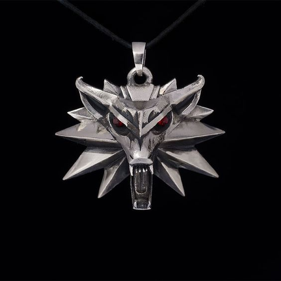 Witcher Medallion Pendant, Wolf Head Pendant, white bronze, handmade
