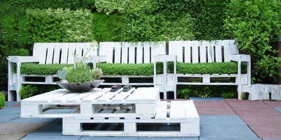 55 Gunstige Gartenideen Einen Schonen Garten Mit Wenig Geld Gestalten Gartenmobel Aus Paletten Mobel Aus Paletten Holzpaletten