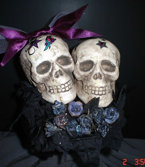 Gothic Tattoo Skull Couple Wedding Cake Topper