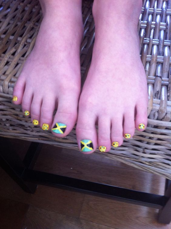 Cute Jamaica toes