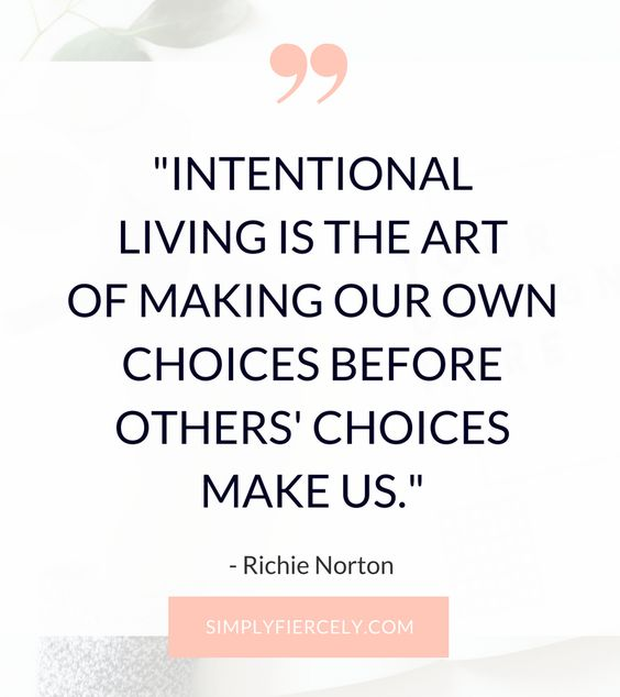 If you're ready to get off the treadmill and become a conscious creator of your own life, then here are 7 questions to inspire intentional living. #intentionalliving