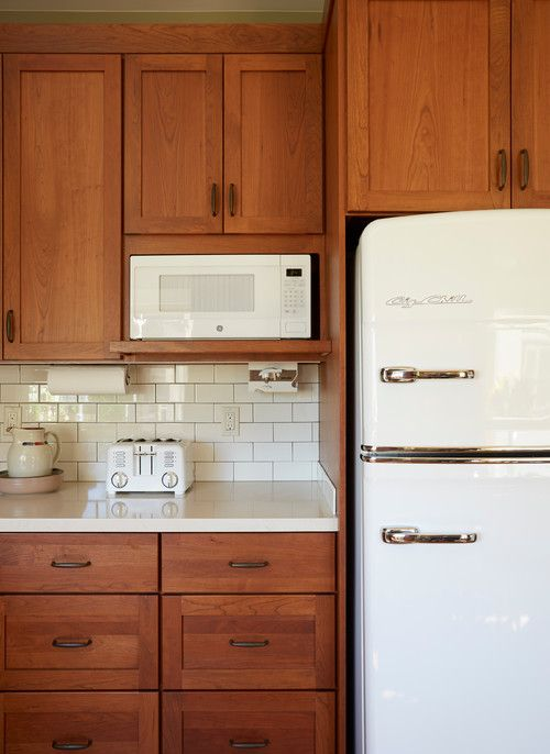 12 Earth Tone Kitchen Ideas Town Country Living Earth Tones Kitchen Custom Kitchens New Kitchen Cabinets