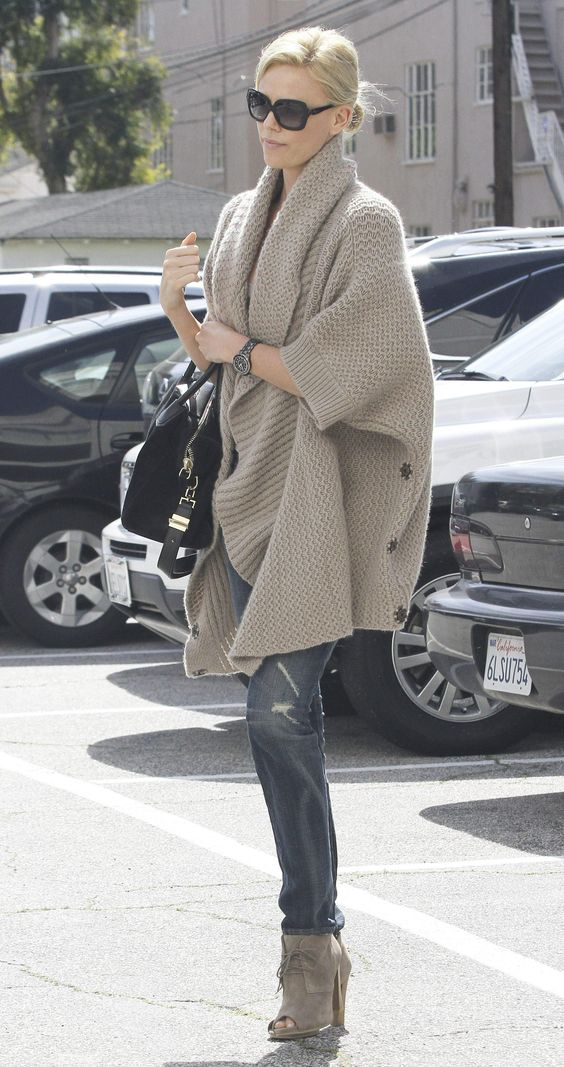 Charlize Theron, skinnies + knit